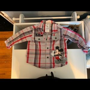 5/$20 Baby Mickey Button Up